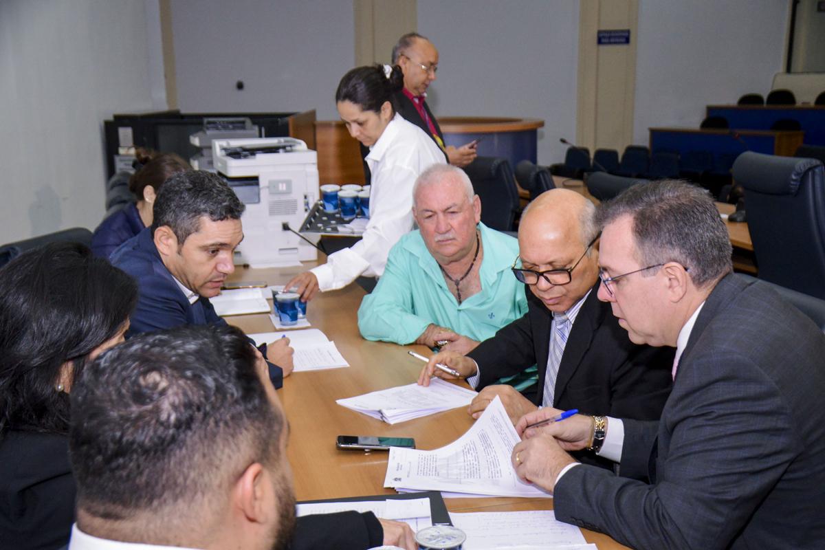 Comissão de Segurança Pública analisa quatro projetos em reunião ordinária